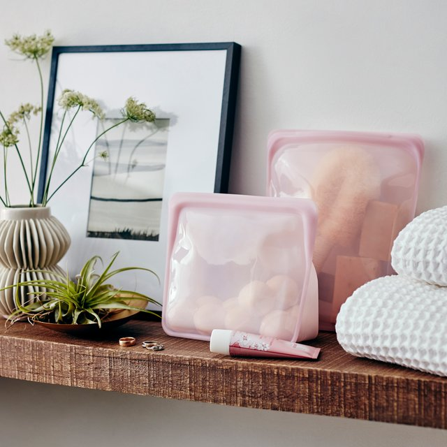 Stasher Reusable Silicone Stand-Up Bag (Rose Quartz)